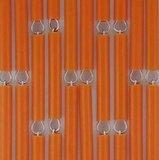 Vliegengordijn op maat: hulzen verspringen oranje_