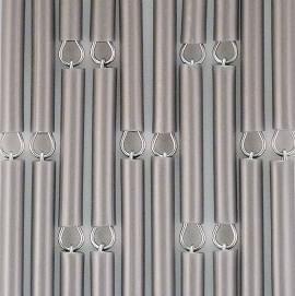 Vliegengordijn op maat: hulzen verspringen zilver